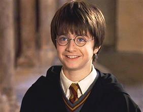 ハリー「ヴォルデモートが~」 ロン「名前で呼んだ!!?」 ハリー「また俺何かやっちゃいました?^^;」