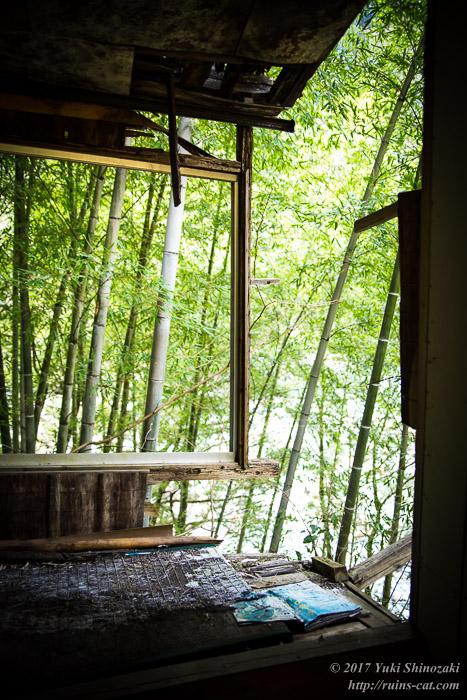 【廃墟】一ツ瀬川の廃食堂_座敷