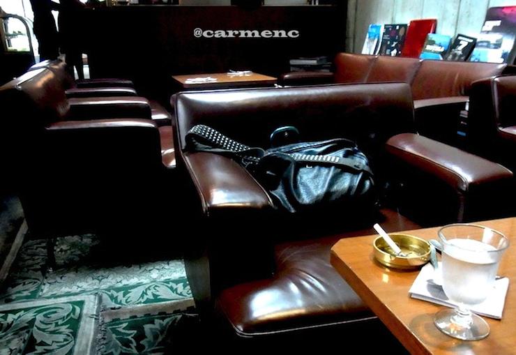カフェ店内バッグ