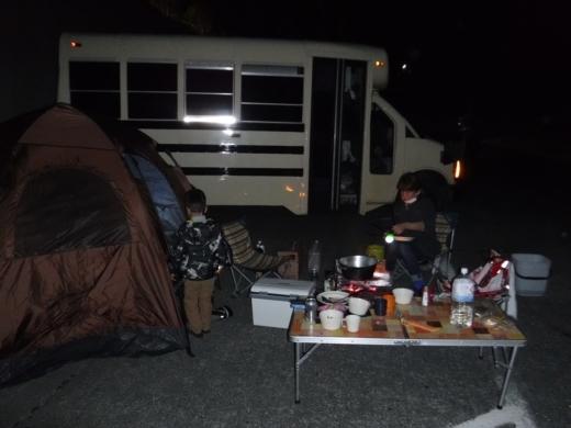 漁港でキャンプ (13)