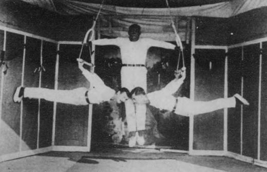 ドイツ兵捕虜久留米収容所体操2