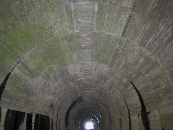 kyuushiroyamatunnel04.jpg