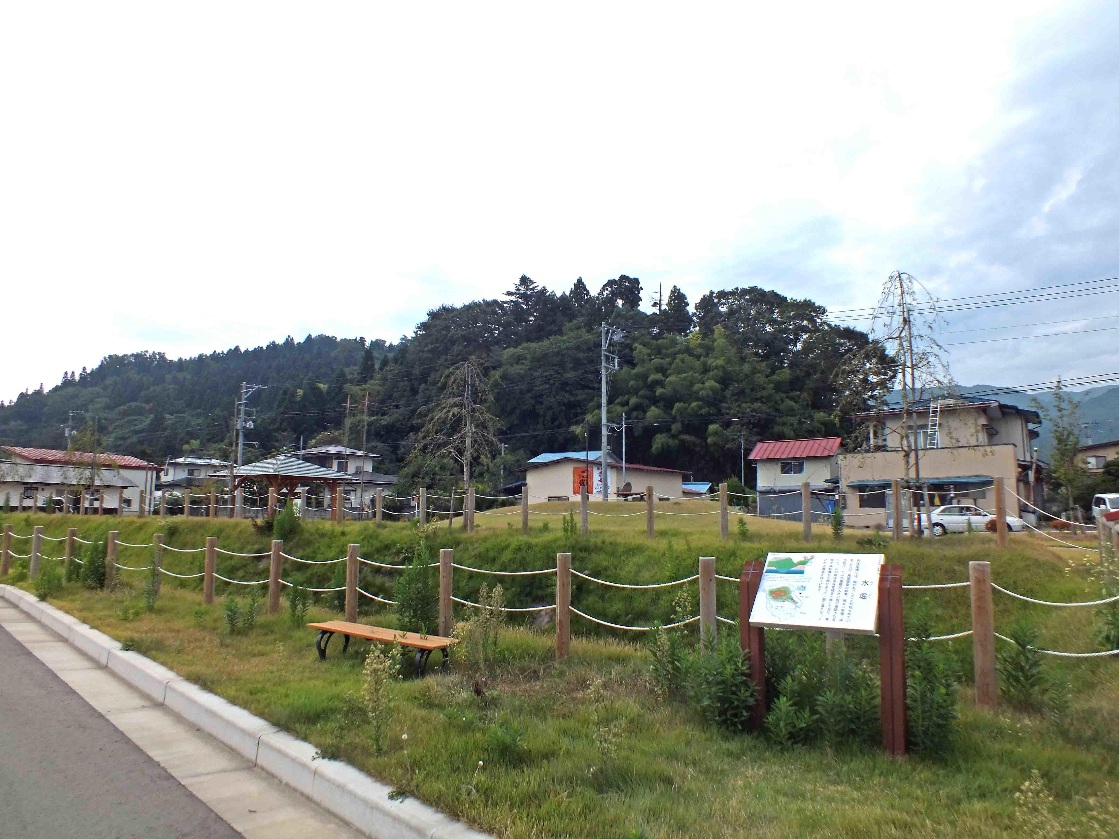 長谷堂城遠景