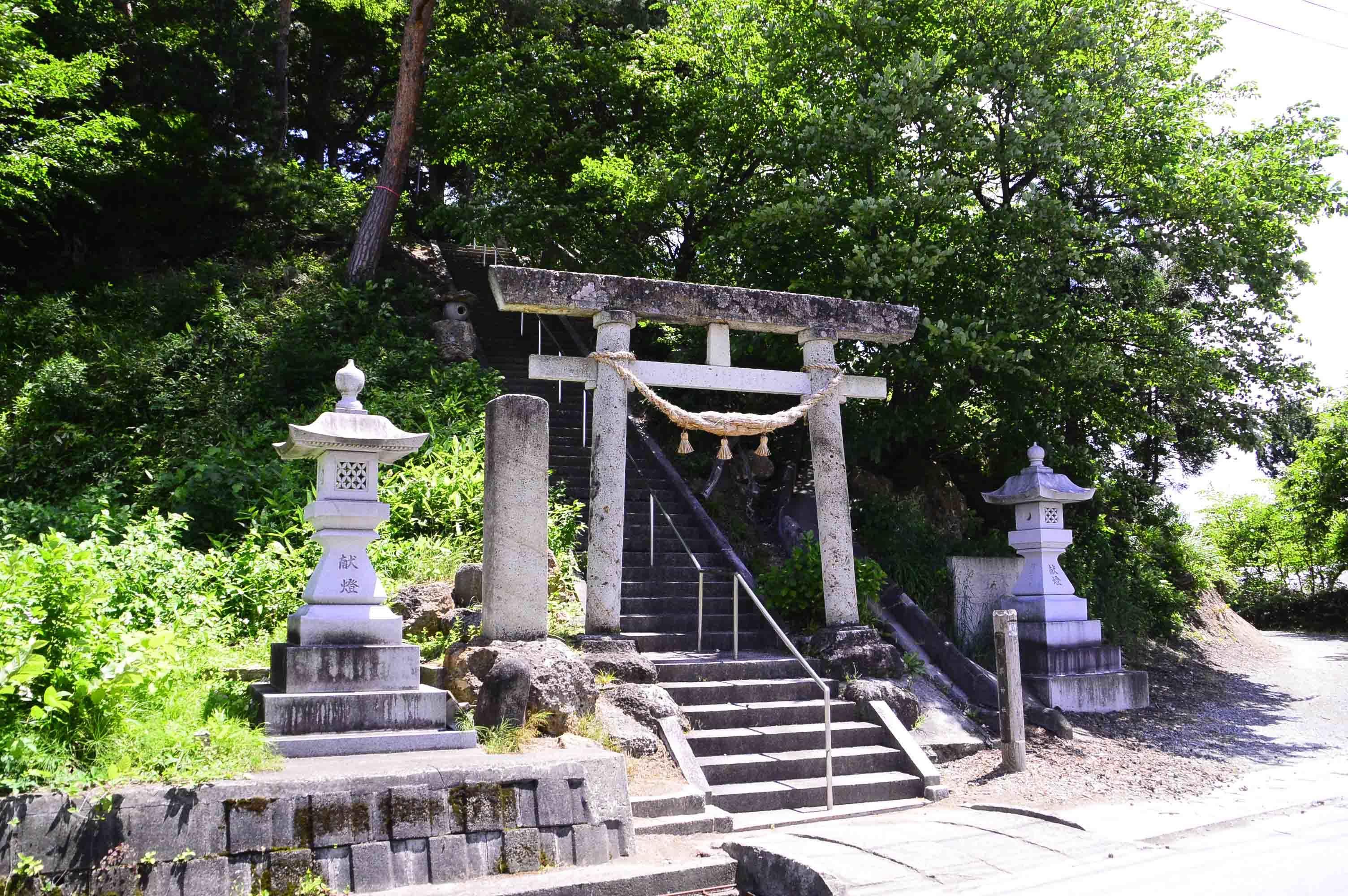 羽黒神社館