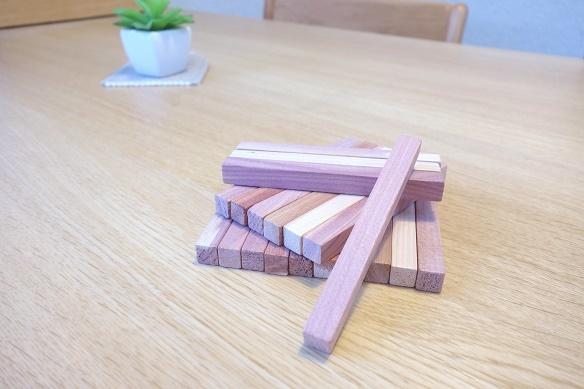 無印・レッドシダーブロック 20本入(約幅10cm×1×1cm)②
